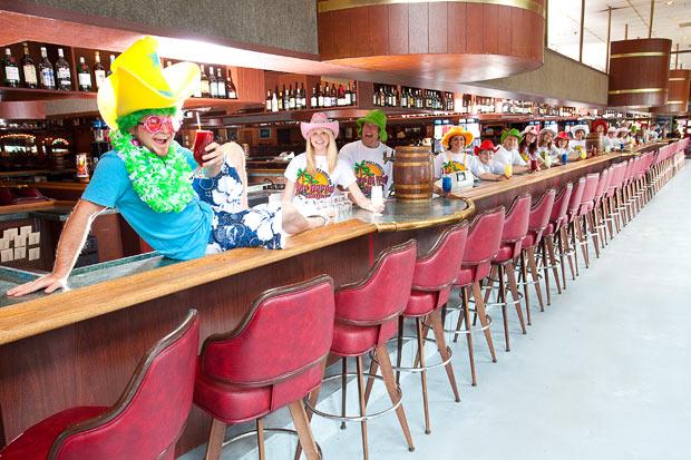world's longest bar