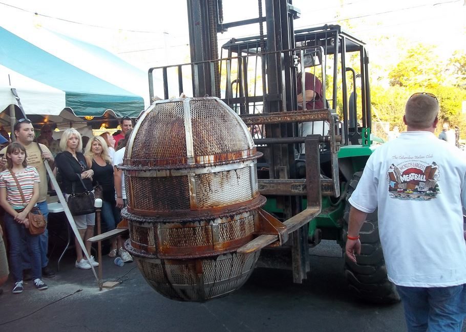 world's largest meatball